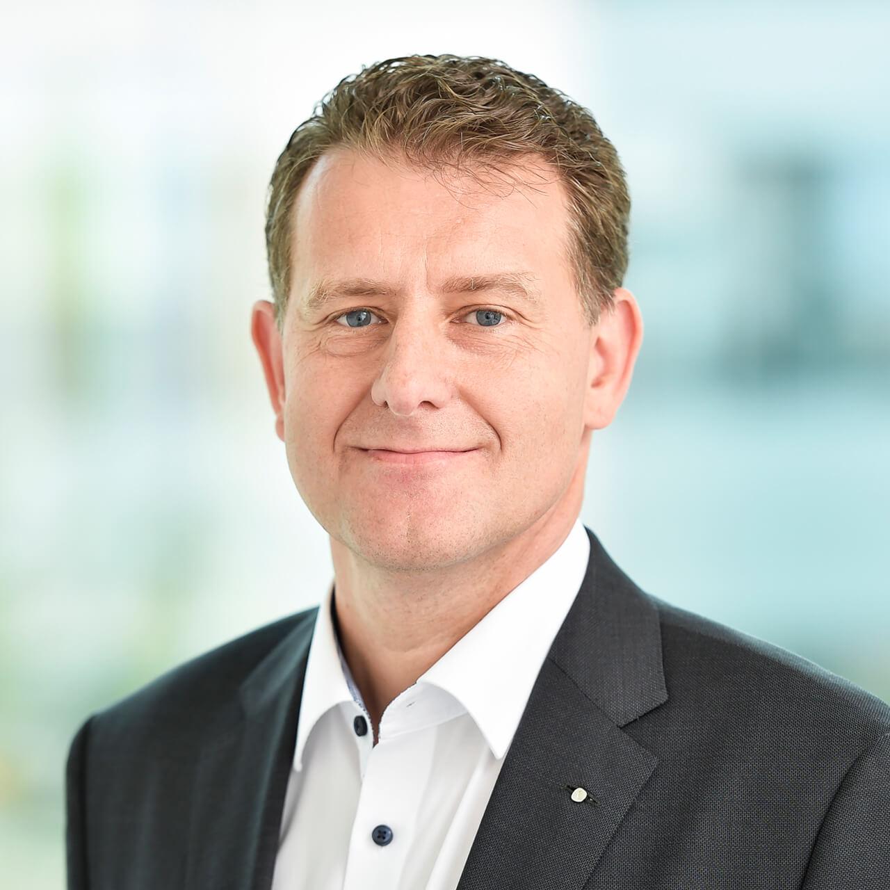 Dr. Stefan Mößmer